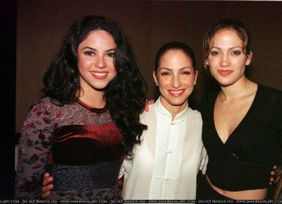 Jennifer Lopez wallpaper probably containing a portrait titled Gloria Estefan, Shakira, Jennifer Lopez - 1998