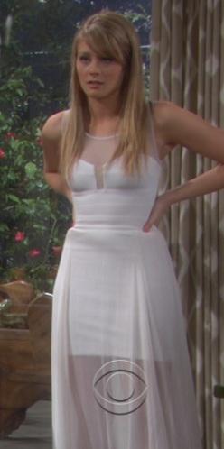 Hope Logan wedding toga, abito #5