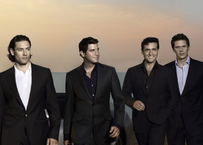 Il Divo wallpaper with a business suit and a suit entitled Il Divo