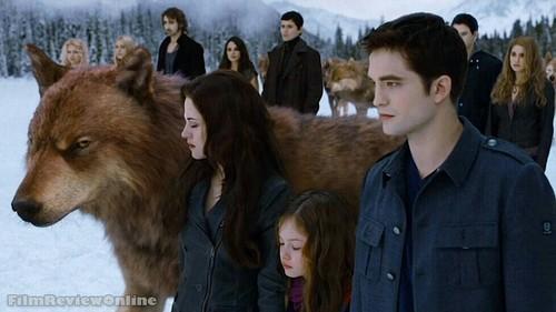 Jake, Bella, Renesmee and Edward