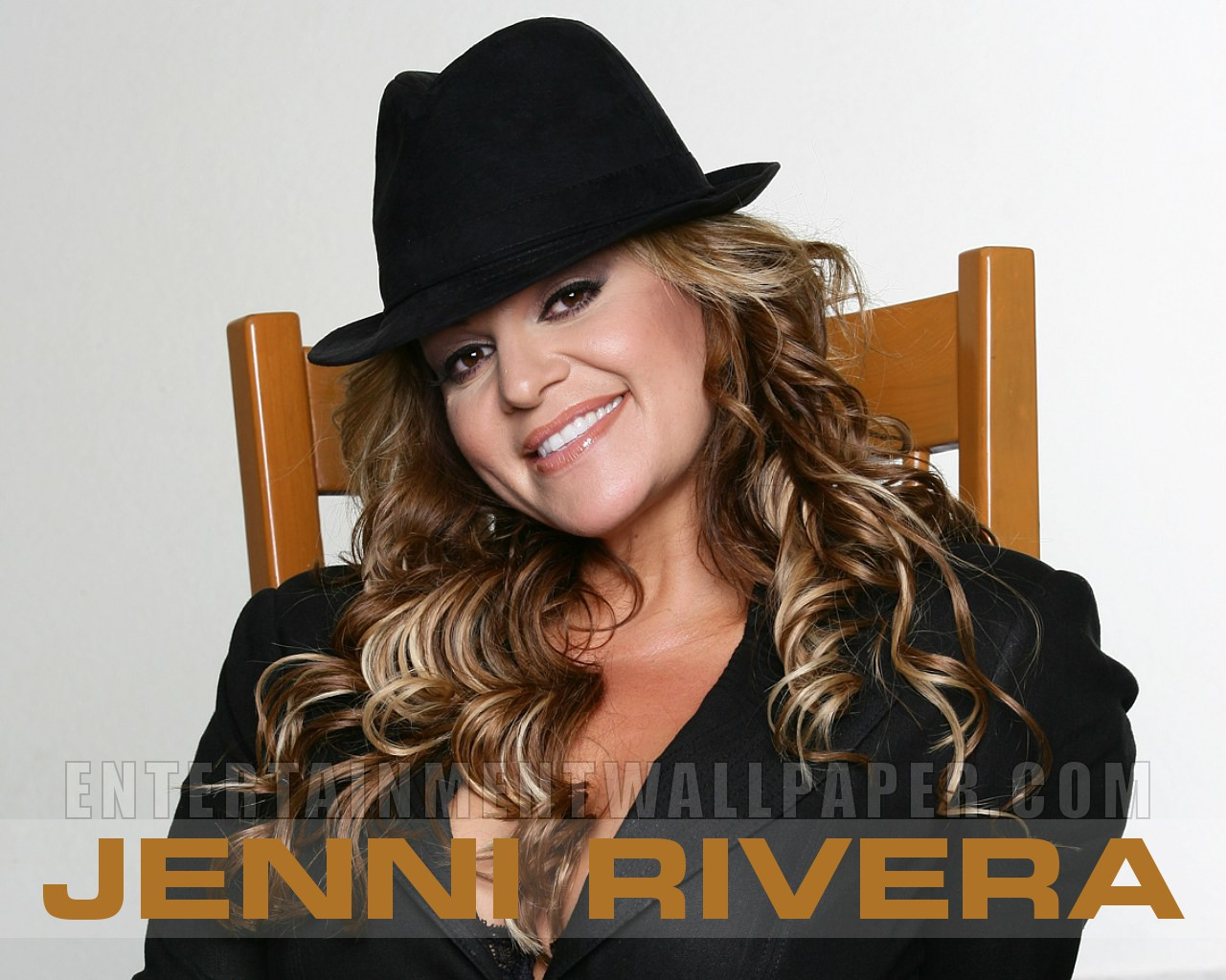 Jenni Rivera's family 'DISGUSTED that pictures of