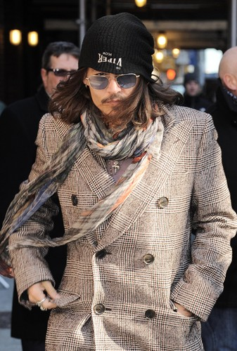 Johnny arriving at the David Letterman mostra