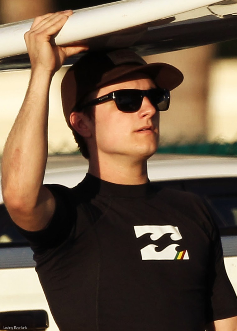 Josh Hutcherson in Haw...