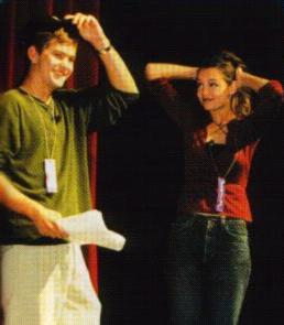 Joshua Jackson & Katie Holmes fond d'écran probably containing a concert called Josh & Katie