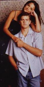 Joshua Jackson & Katie Holmes fond d'écran possibly containing a portrait entitled Josh & Katie