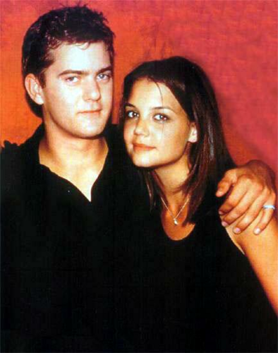 Joshua Jackson & Katie Holmes achtergrond probably containing a portrait entitled Josh & Katie