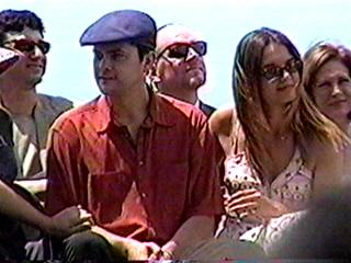 Joshua Jackson & Katie Holmes hình nền probably with a green cái mủ nồi, beret titled Josh & Katie