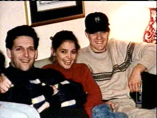 Joshua Jackson & Katie Holmes 바탕화면 possibly with a 브라 세리 and a drawing room called Josh & Katie