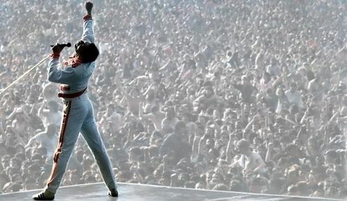 King Freddie on stage