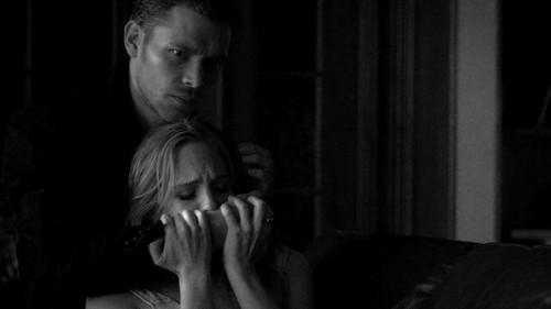 Klaus x Caroline black n white