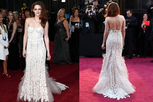 Robert Pattinson & Kristen Stewart 壁纸 with a bridesmaid, a gown, and a bridal 袍, 礼服 entitled Kristen 2013 Oscars
