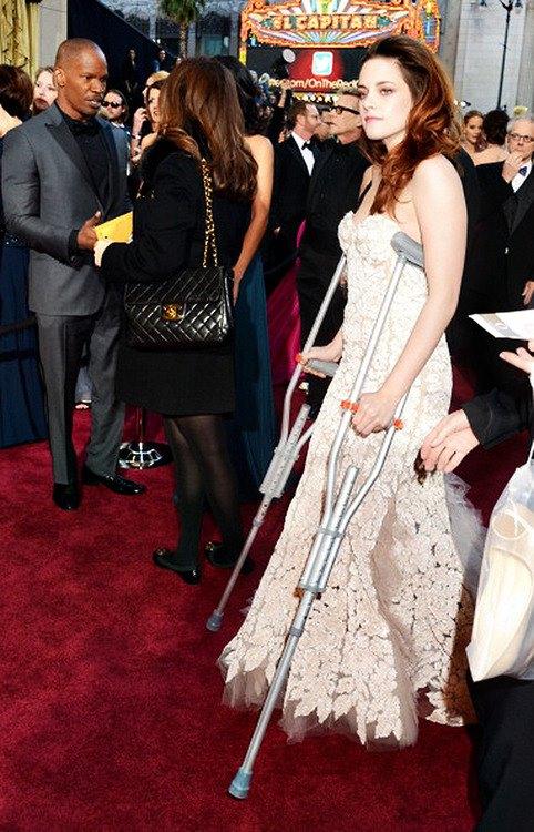 Twilight Series Kristen at the Oscar 2013