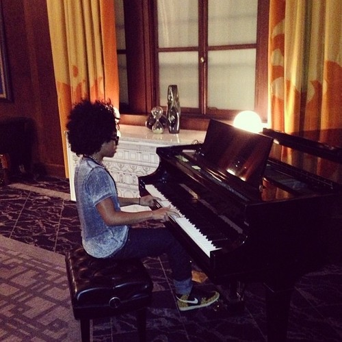Look at Princetyboo playing the piano!!!!! :D :) ;) ;D : { ) ;* <33333333333333