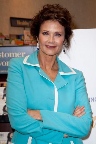Lynda Carter (2011)