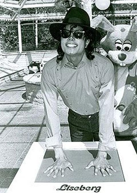 MJ in Sweden Liseberg
