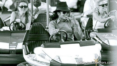 MJ in Sweden Liseberg