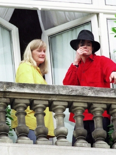 Michael And First Wife, Debbie Rowe
