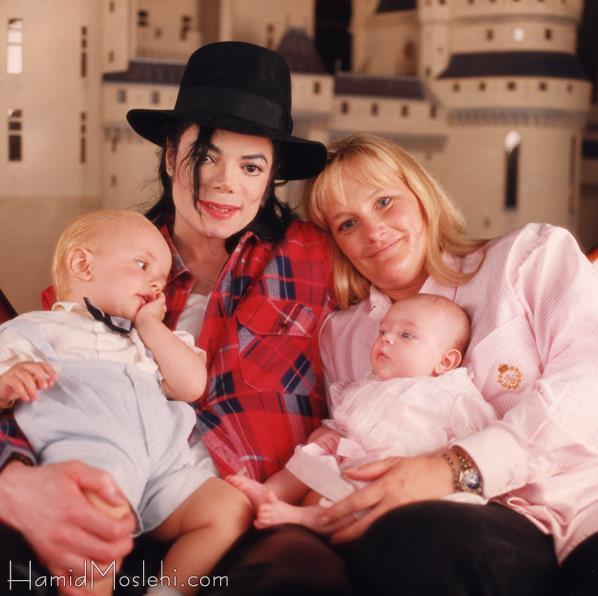 Michael, Debbie Rowe, Prince & Paris (FULL pic)