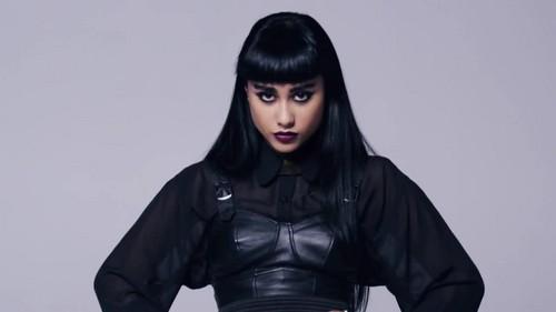 Natalia Kills- Controversy {Music Video}