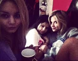 New Spring Breakers Pics!!!