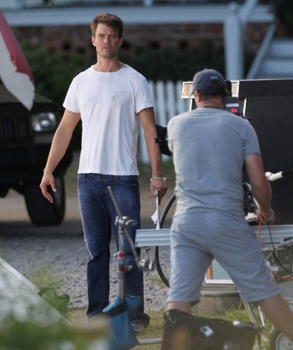 On set of Safe Haven 16/07/2012