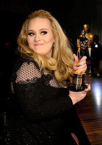 Oscars 2013: Adele wins Best Original Song for 'Skyfall'