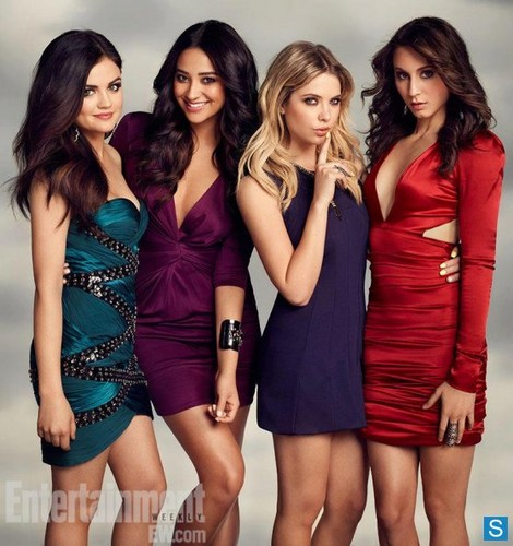 Pretty Little Liars - Season 3 - New EW Cast Promotional foto