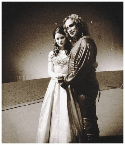 Rumple&Belle - once-upon-a-time Photo