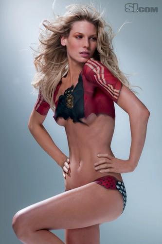 Sarah Brandner in Bodypaint: 2010 Issue