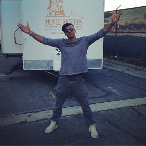 Shemar Moore 壁紙 possibly containing a sign titled Shemar