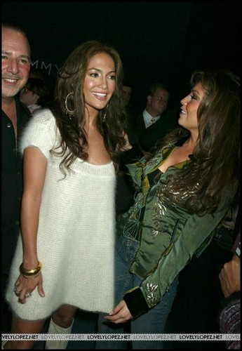 Thalia & Jennifer Lopez 2004