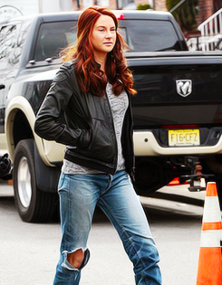The Amazing spinne Man 2 Set, in New York with Shailene Woodley (26/02)
