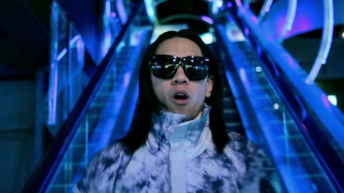 The Black Eyed Peas - Just Can't Get Enough {Music Video}
