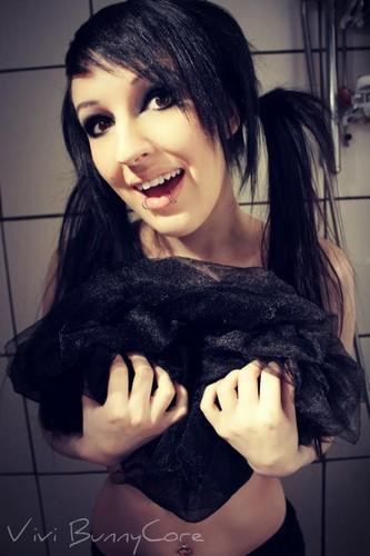 Vivi Bunnycore long black emo scene hair
