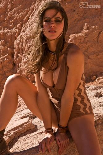 Zoe Duchesne: 2010 Issue