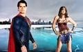 wonder woman and super-homem