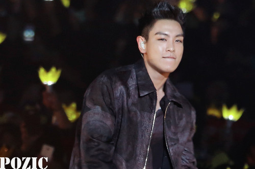 (2013.03.02) T.O.P @ Samsung Blue Festival in China