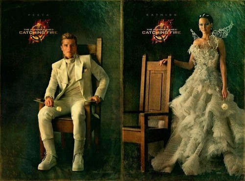 Peeta and Katniss-Catching api, kebakaran Portraits