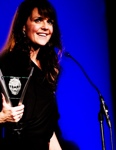 Amanda Tapping wallpaper with a concert and a guitarist titled Amanda Tapping