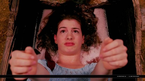 Anne Hathaway in Ella Enchanted