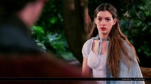 Anne Hathaway in Ella Come d'incanto