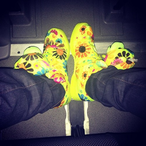 Awwwww, look at Princetyboo's Shoes LOL!!!!!! XD :D ;D <333333 ;*