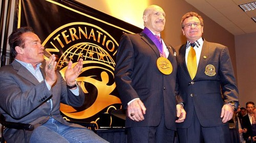 BRUNO SAMMARTINO WITH ARNOLD