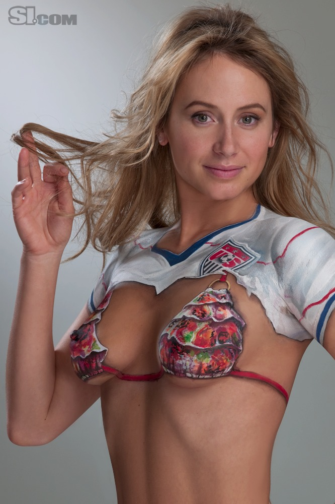 Bethany Dempsey in Bodypaint: 2010 Issue - swimsuit si Photo (33838354 ...