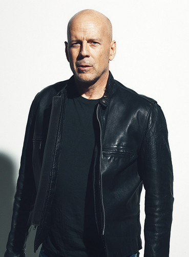 Bruce Willis Обои with a well dressed person titled Bruce in leather
