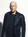 Bruce in leather - bruce-willis photo