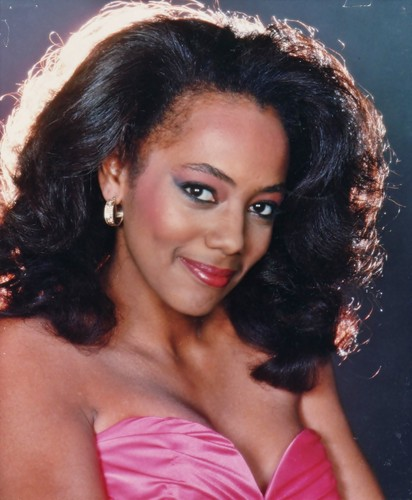 General Hospital 80s wallpaper containing attractiveness, a portrait, and skin entitled Claudia Phillips
