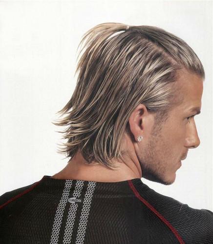 Советы и рекомендации, модные тенденции в причёсках для мужчин с длинными волосами.. Фото №9