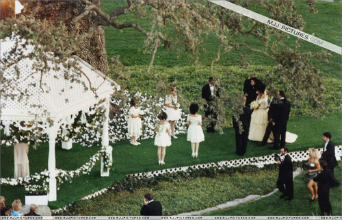 Mari fond d'écran titled Elizabeth's Taylor's Wedding At Neverland Ranch
