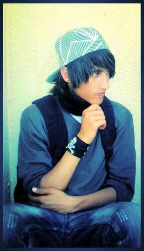 エモ Boy 2013